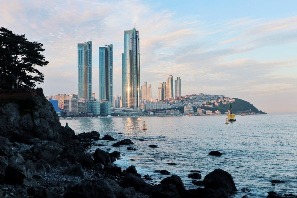 Sonnenuntergang am Haeundea Beach in Busan
