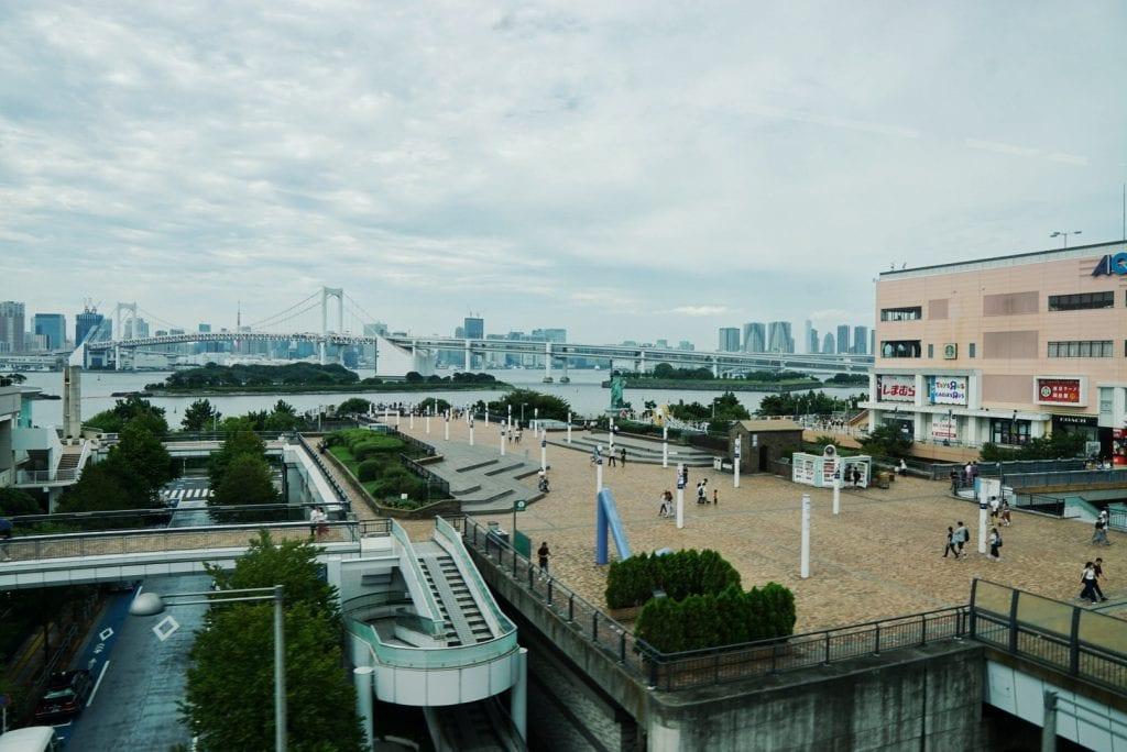 Hafen Tokyo mit Freiheitsstatue