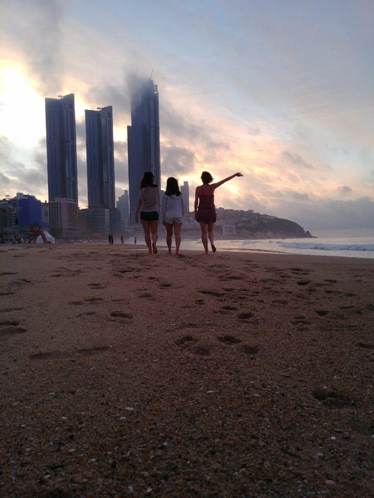 Sonnenaufgang am Haeundae Beach