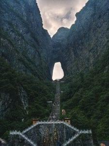 Tianmen Cave mit 999 Stufen, Tagesausflug auf den Tianmen Mountain