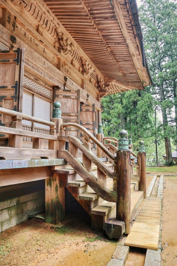 Holztempel in Koyasan