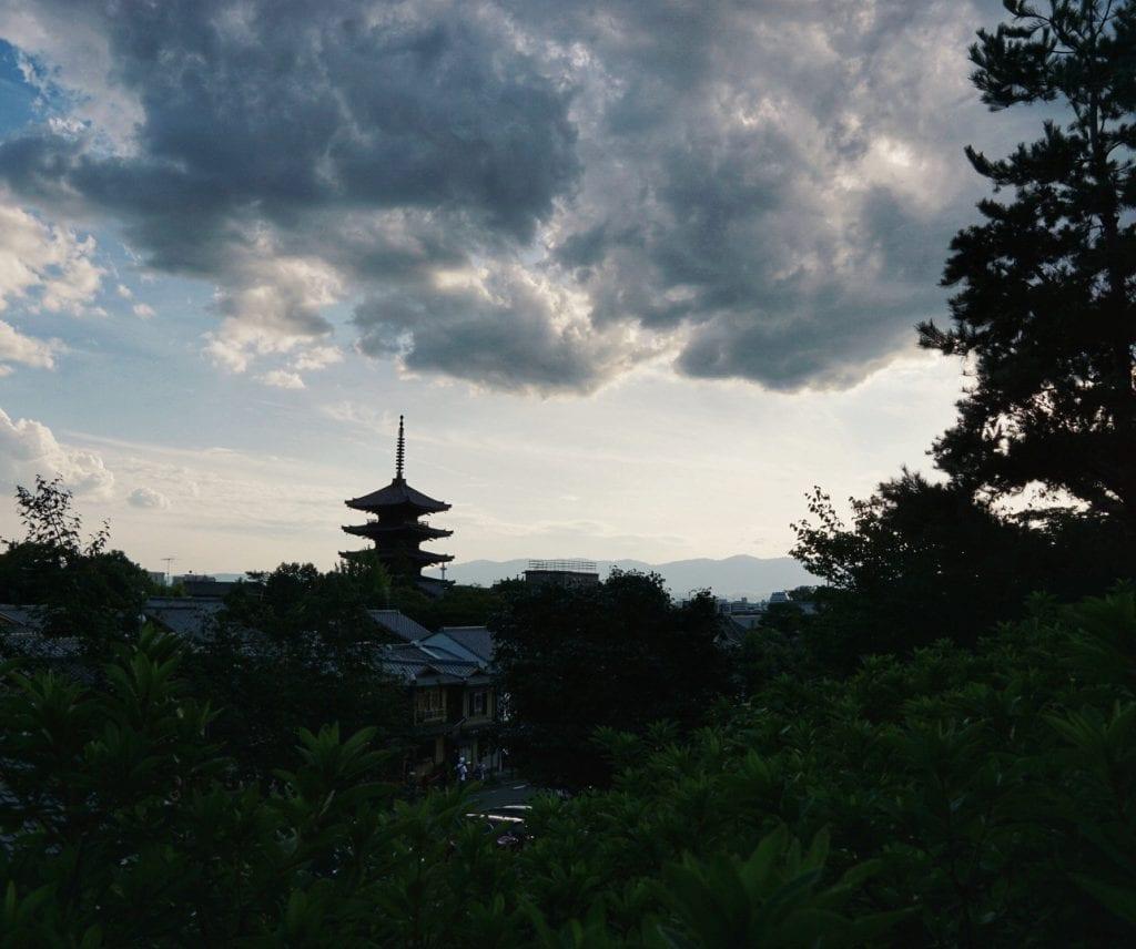 Tempel über Kyoto