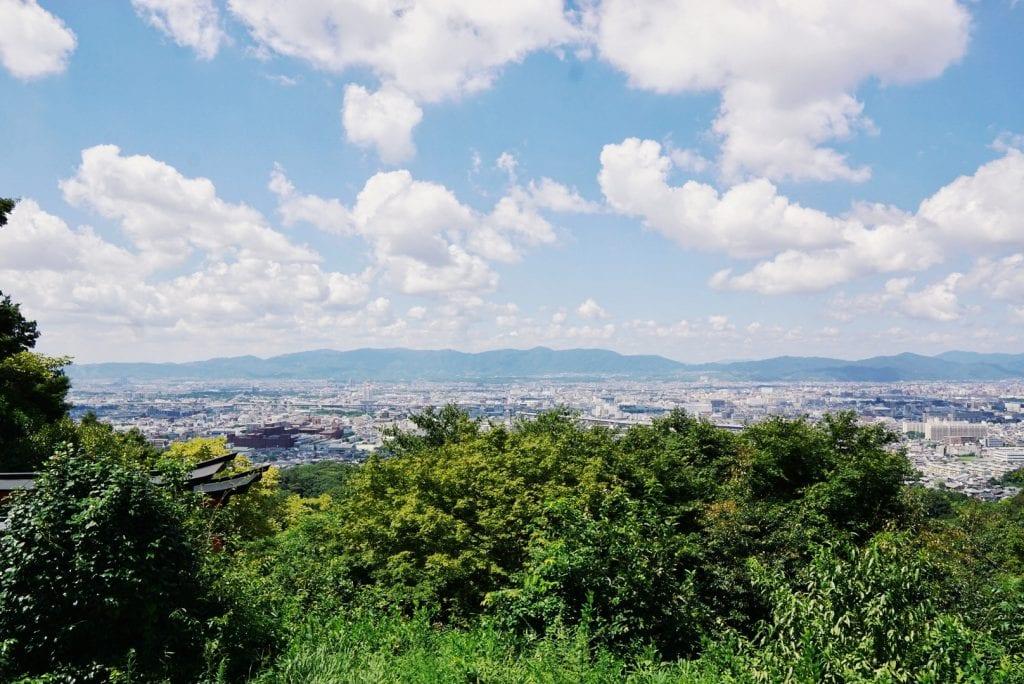 Blick vom Fushimi Inari Taisha-Schrein