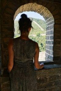 Travellerin Lisa Fenster chinesische Mauer
