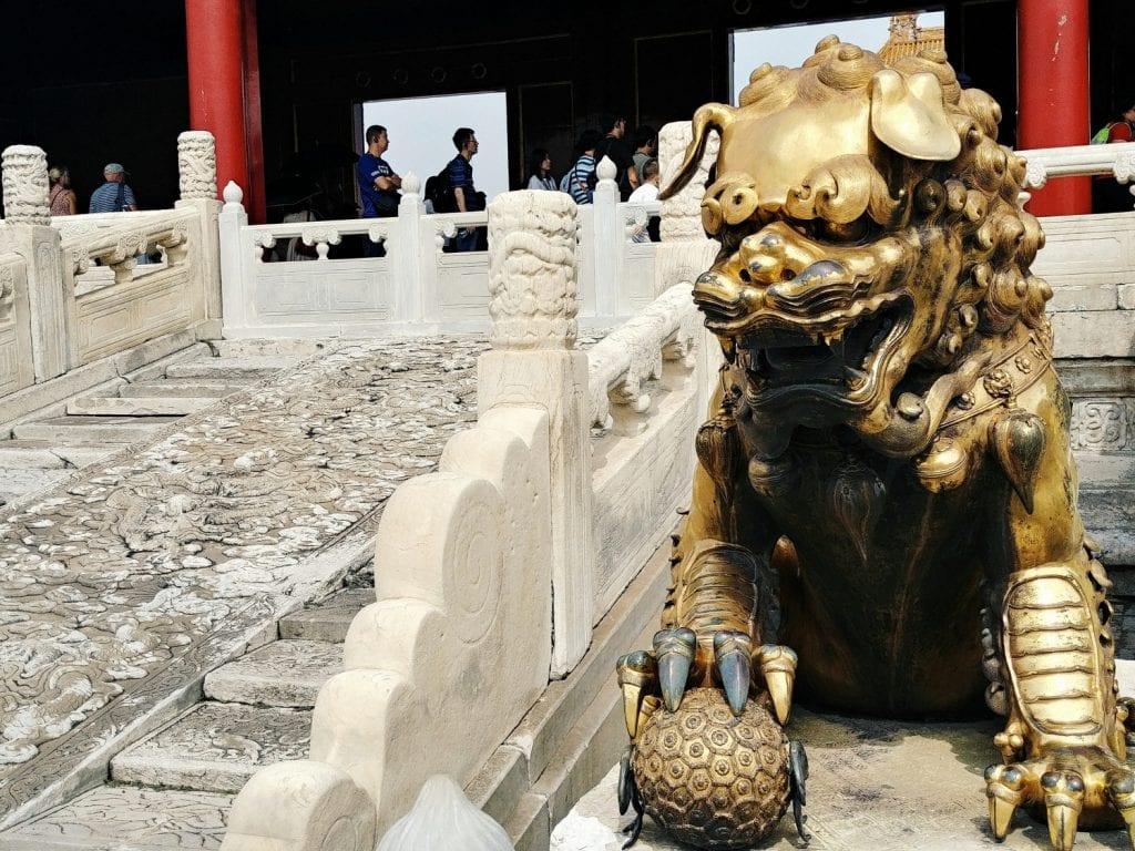Goldene Figur in der Verbotenen Stadt