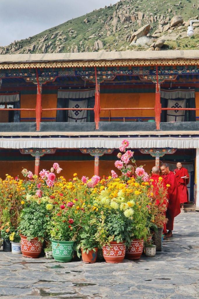 Unterkünfte der Mönche der Drepung Monastery