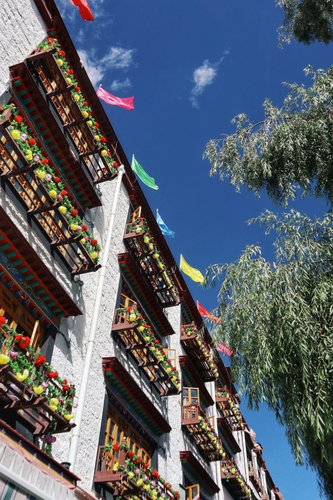 Häuser in der Innenstadt von Lhasa