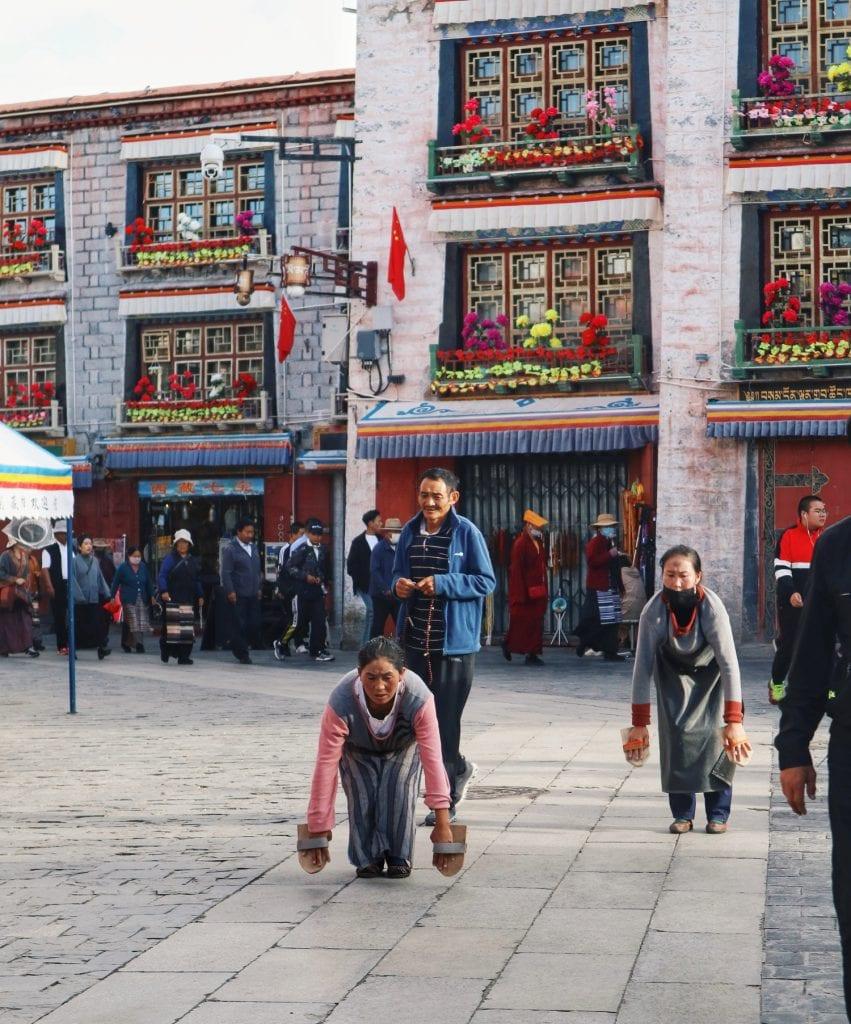 Gebetslauf durch die Barkhor Straße