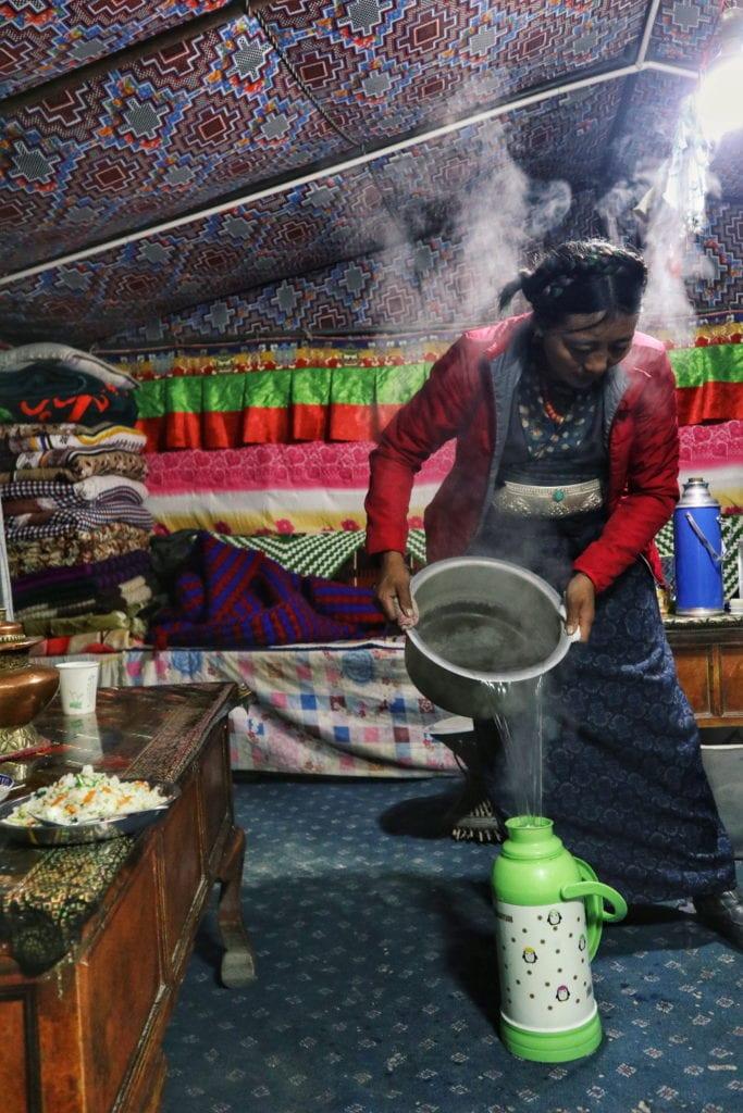 Inhaberin Zelt Mount Everest Basecamp