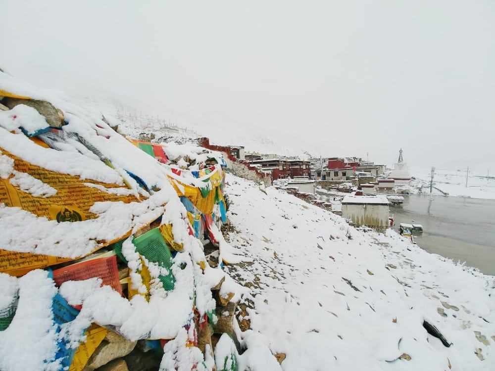 Rongbuk Monastery vom Schneeberg