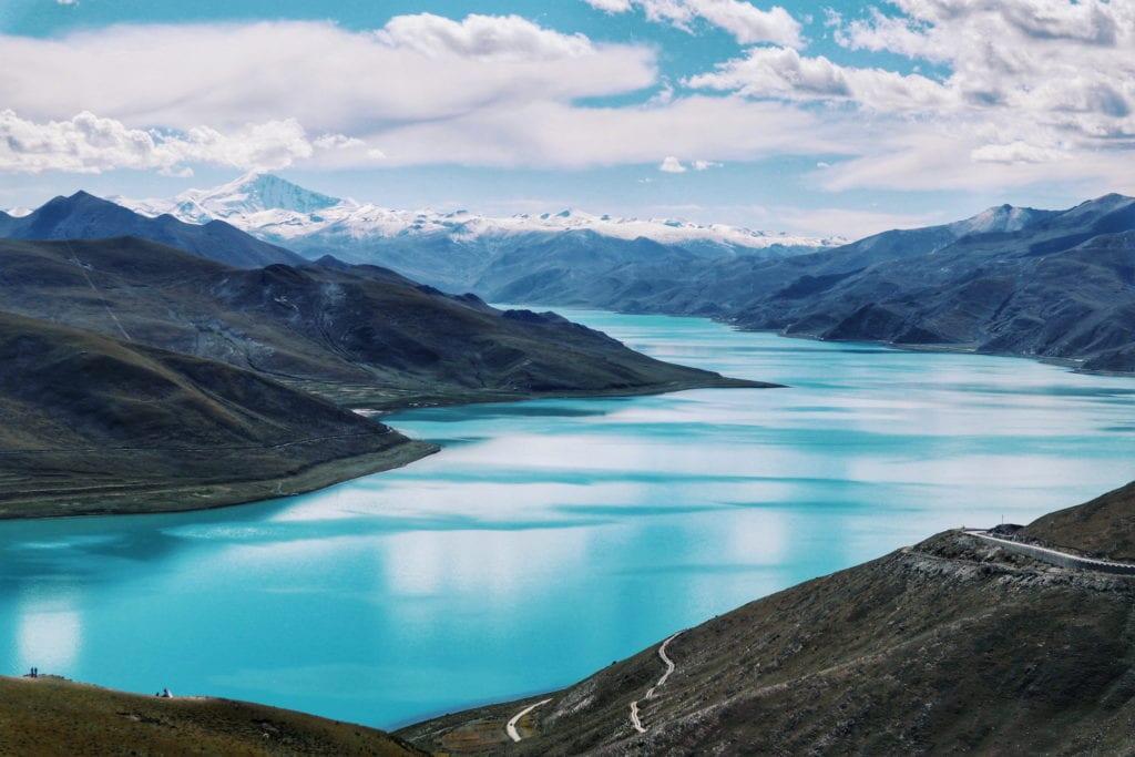 Yamdrok See mit Gletscher