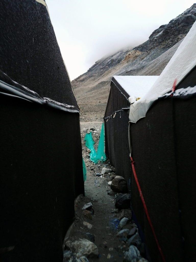 Zelte im Mount Everest Basecamp