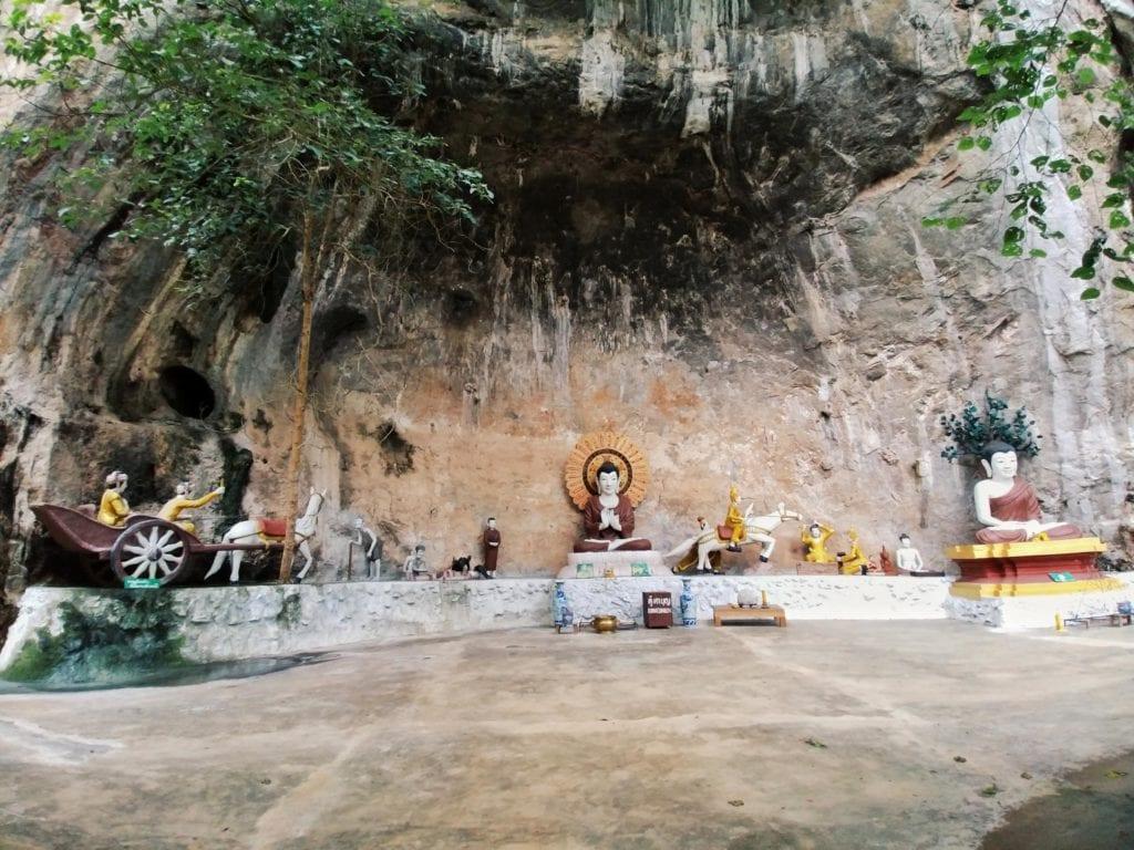 Cave der Forest Monastery Thailand
