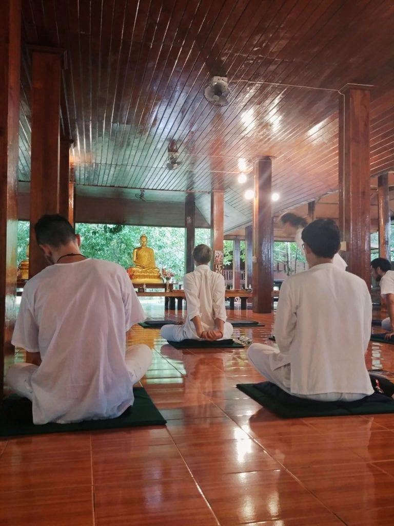 Meditieren in Thailan_Sitting Meditation
