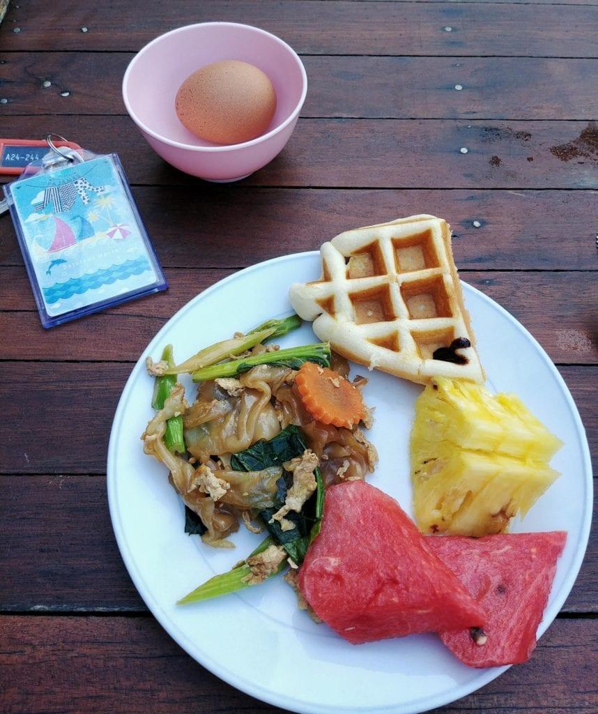Pajasmas Hostel Koh Chang Frühstück