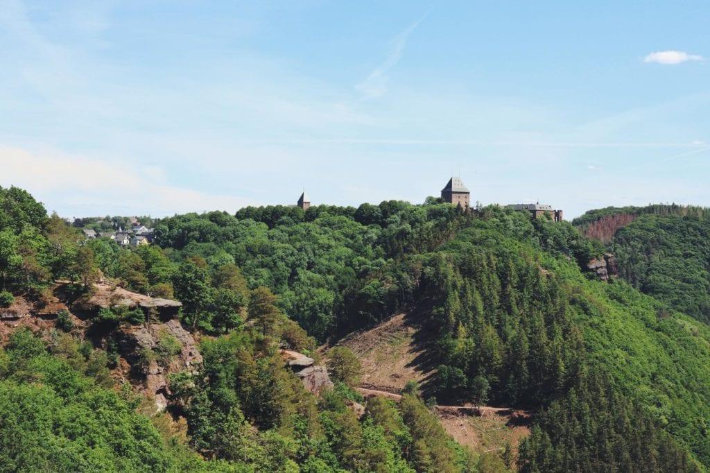 Blick auf Burgruine Nideggen