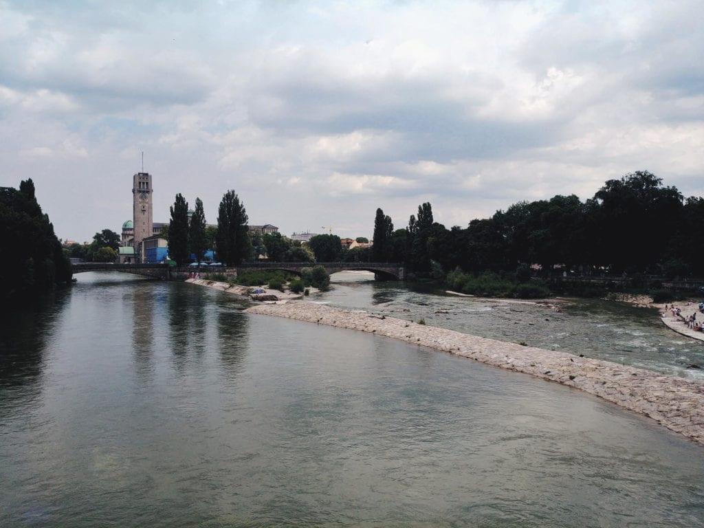 München Isar Blick von Reichenbachbrücke