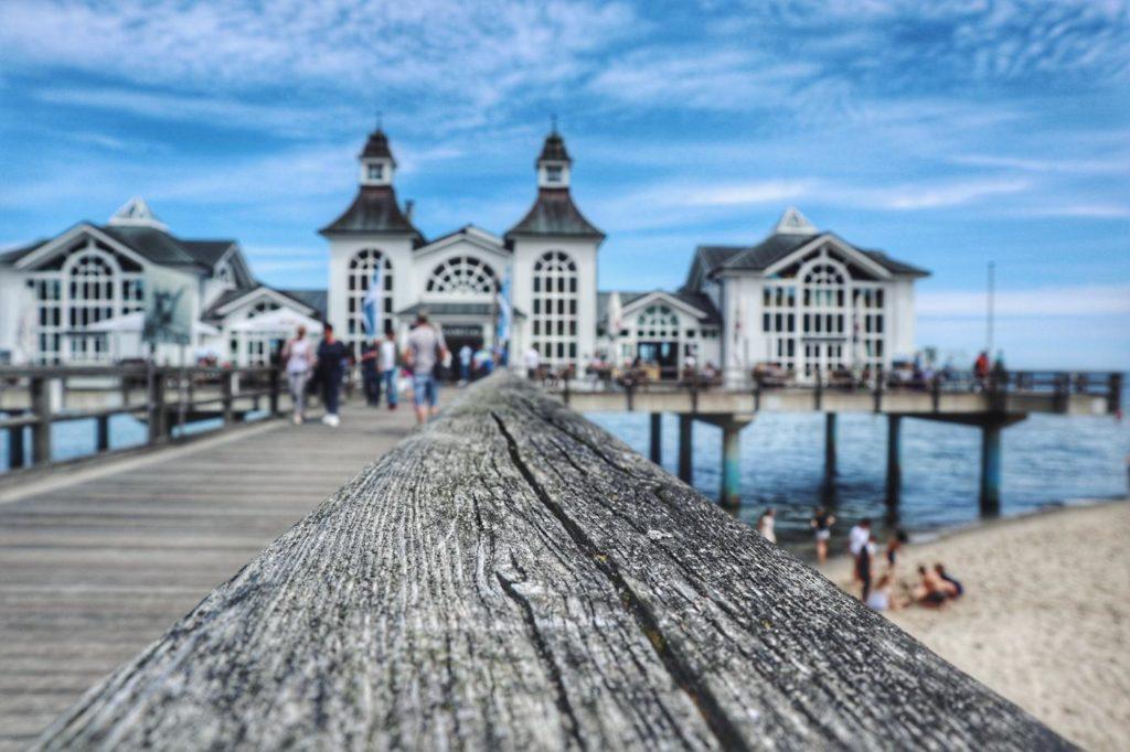 Seebrücke Sellin mit Holzsteg
