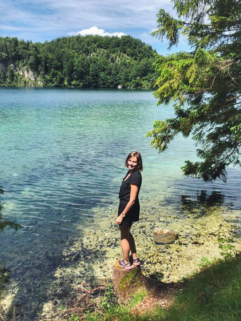 Travellerin Lisa am Alpsee