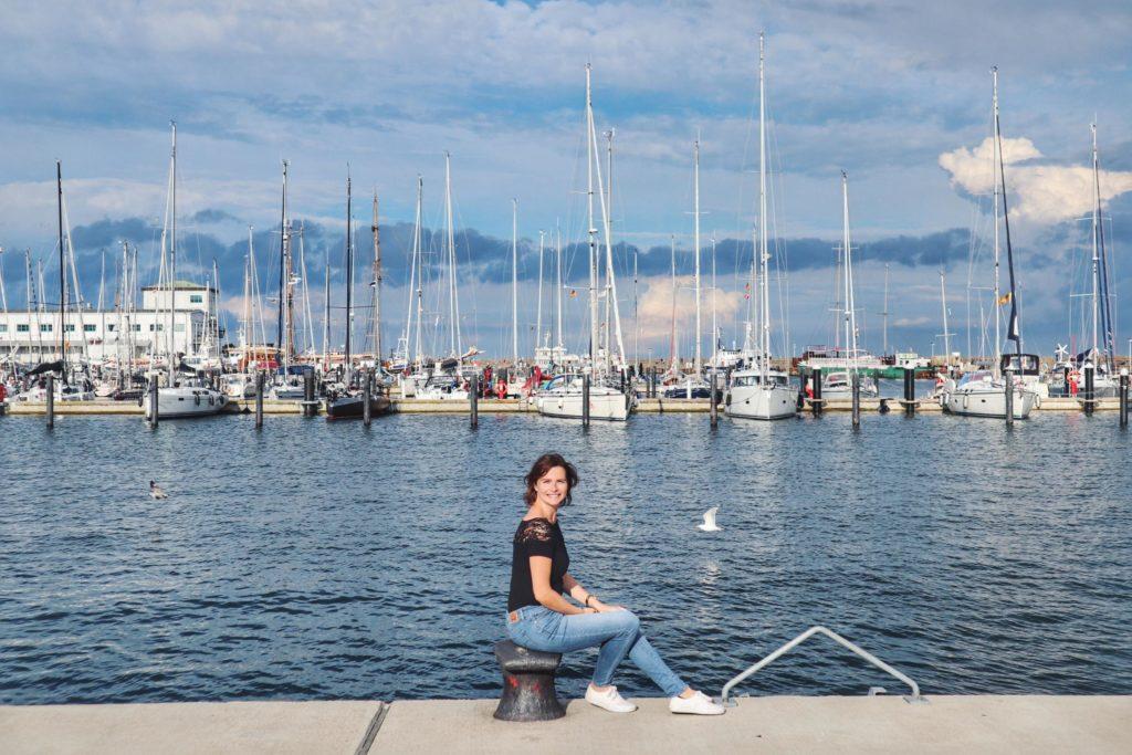 Travellerin Lisa im Sassnitzer Hafen