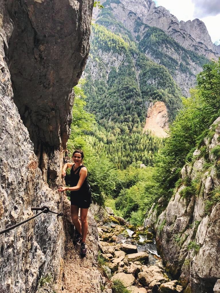 Slowenien Wanderung_Klettersteig an der Soca Quelle