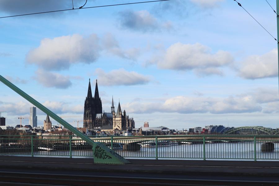 Köln Sehenswürdigkeiten_Blick von Severinsbrücke auf Kölner Dom