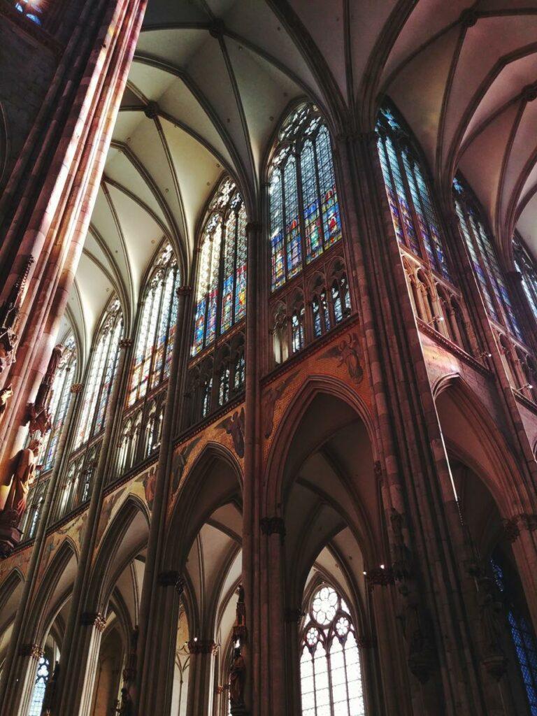 Köln Sehenswürdigkeiten_Dom von innen