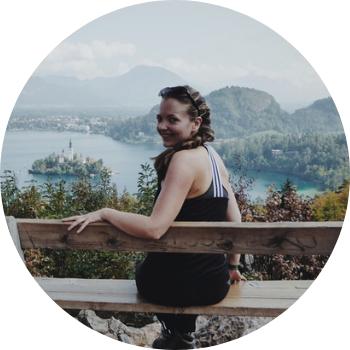 Doreen_Welt und Wolken_Allein reisen durch Europa_Profilbild
