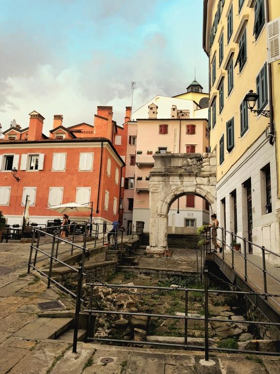 Triest an einem Tag_ Piazza del Barbacan